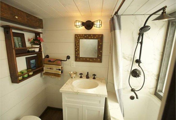 Gem tiny house interior
