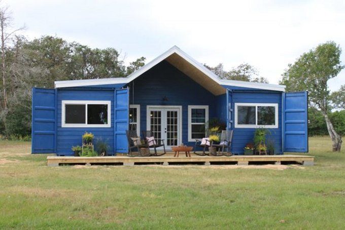 Shipping containers farmhouse
