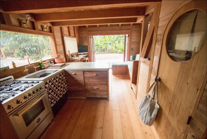 Tiny house in Hawaii