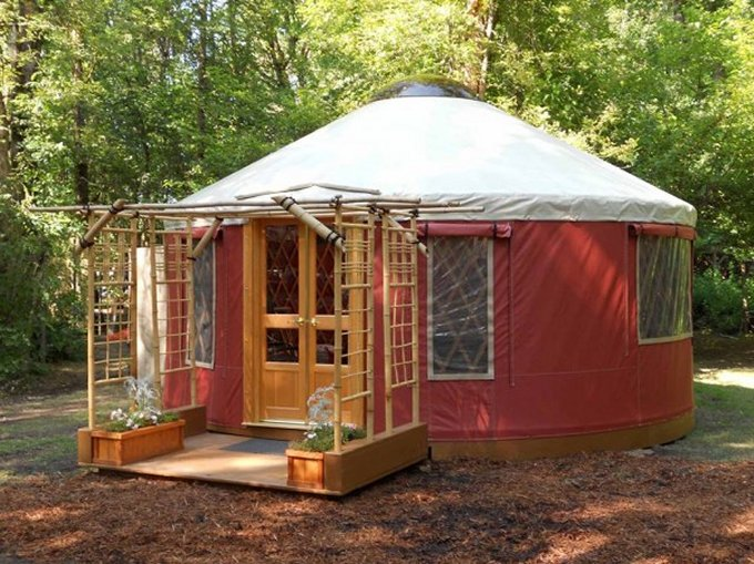 Tiny yurt cabin