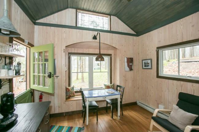Moonshadow Cabin inside