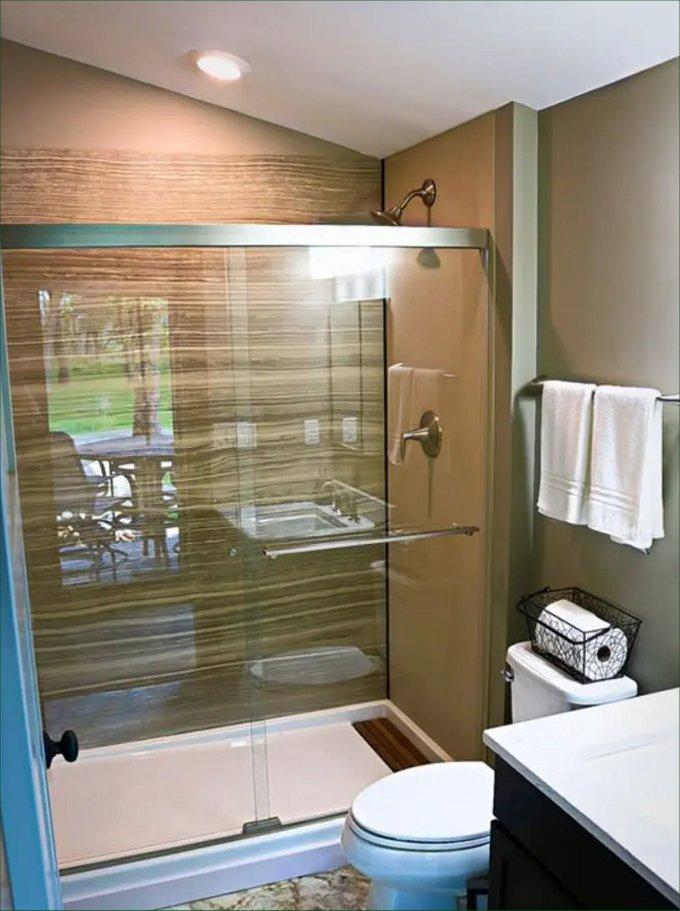 Tiny house design bathroom